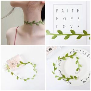 Jewelry - Green Ivy Leaf Choker